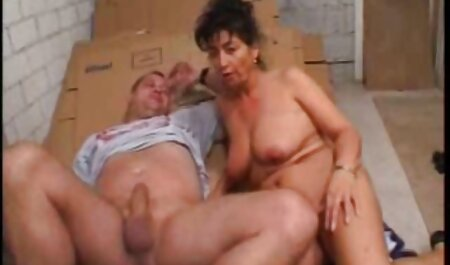 Fotograful i-a plăcut modelul subțire femei sexy dezbracate cu clitorisul mare