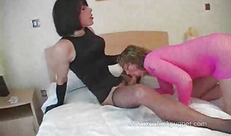 Tanara sex cu femei batrane curva lins ambele gauri Blonda gemand