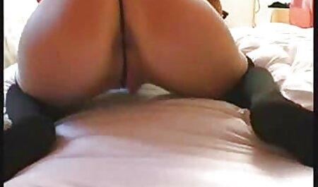 Busty curvă prezintă sex intre batrani un om nou