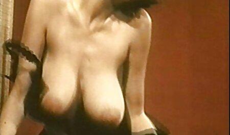 Masaj Sno fete sexy dezbrăcate massagey a fost de servire clienții negru.