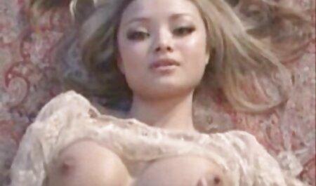 Elevii cu limba moale lins filme sexi cu femei frumoase buzele fata cu părul roșu