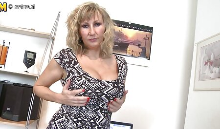 Blonda curva se bucură de fete dolofane dubla penetrare de hard ardei