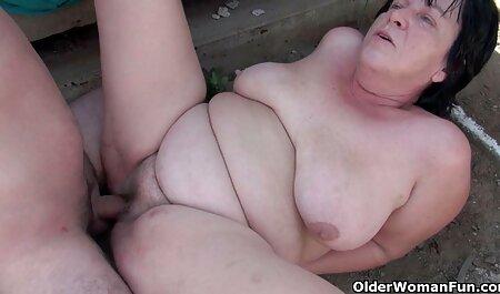 Stând în spatele o pizde goale live fată frumoasă și cu puternic Sperma Pe fata ei
